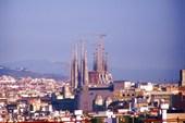 Вид Барселоны с холма Можуик