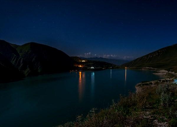 Чечня. Озеро Казеной-Ам ночью
