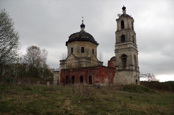 Церковь Преображения Господня в Холохольне