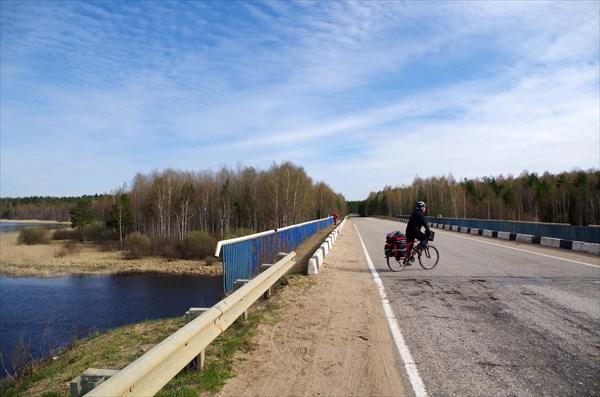 На мосту через Селижаровский плёс