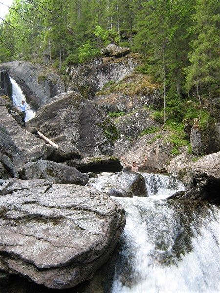 Каскад второго водопада.