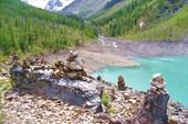 Туры с видом на место впадения в Нижнее речки соединяющей озера