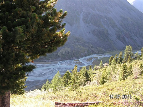 Конец Аккемского. Вид с тропы в Долину семи озер