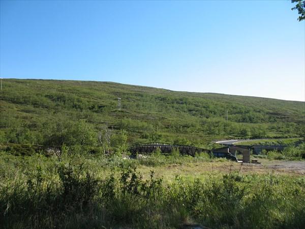 Стоянка на дороге № 889 в заливе Lillefjord