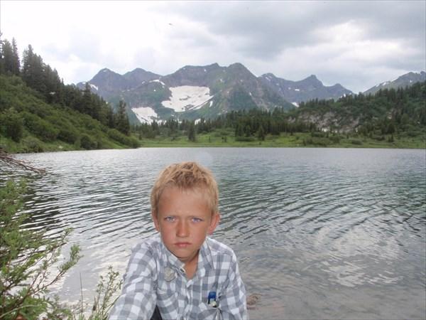 Красильников Ростислав-8 лет. Кинзелбюкский хребет  и оз. 1434.5