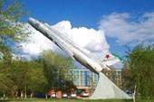 Cамолет МИГ-23УФ на въезде в Ахтубинск