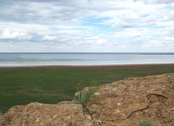 Вид на озеро Баскунчак со смотровой площадки  - 2