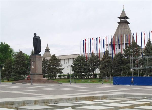 Площадь Ленина перед Кремлем