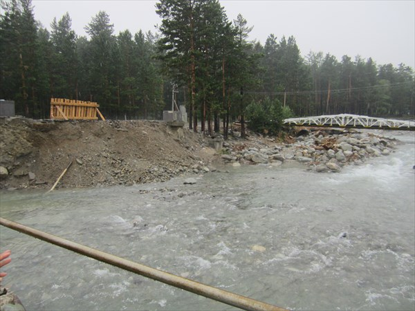 Снесло селем мост в Аршане