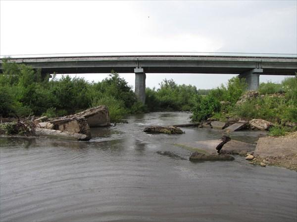 Плотина из обломков