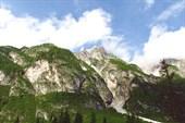 Вид на левый борт долины Val del Dentro