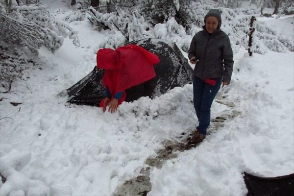 Откапываем палатки