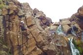 Работа с верёвкой в каньоне притока реки Хойси