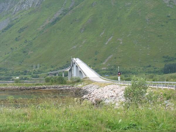 И мосты