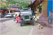 «Народные джипы» в Гималайских посёлках