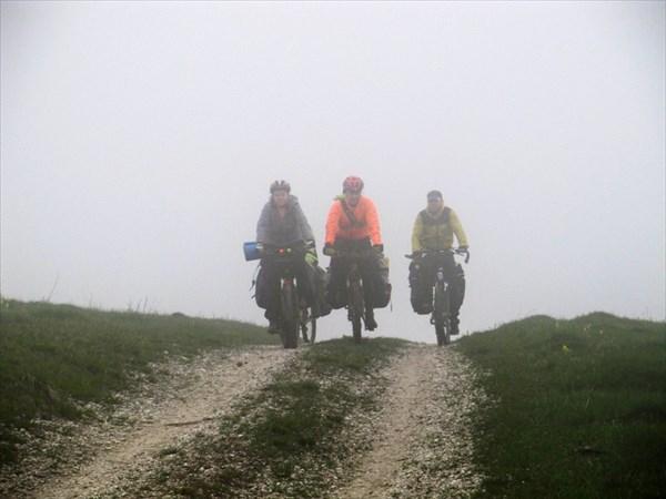 Едем в облаке. Фото - Владислав Васильев