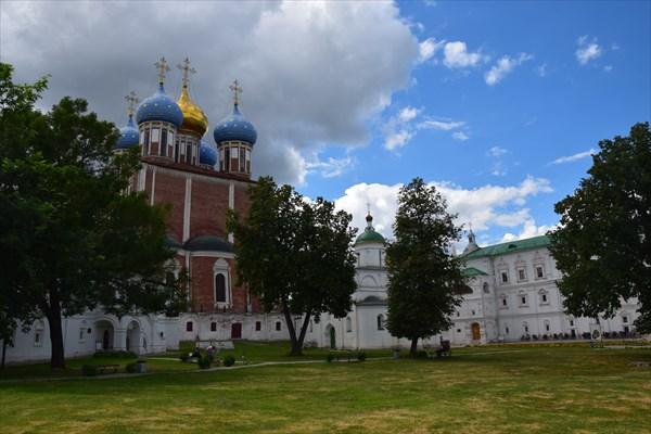 Архангельский и Успенский собор