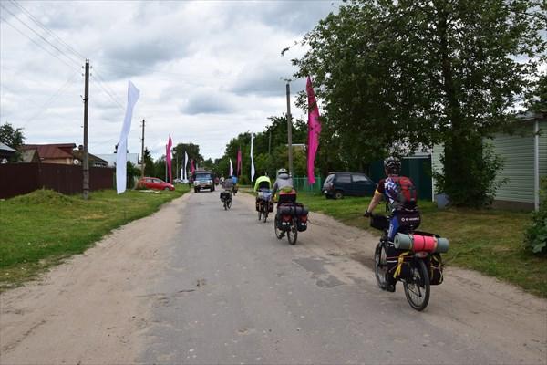 На въезде в Новосёлки