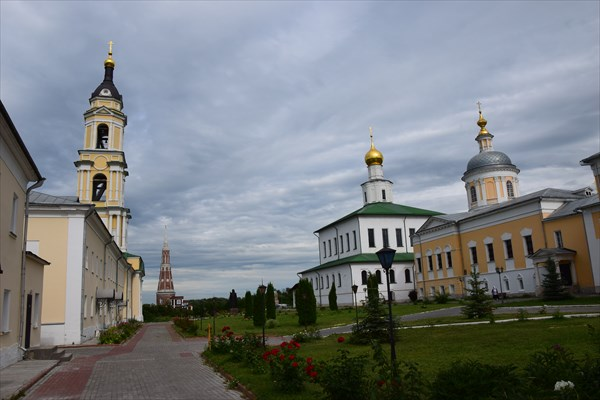 Старо-Голутвин мужской монастырь