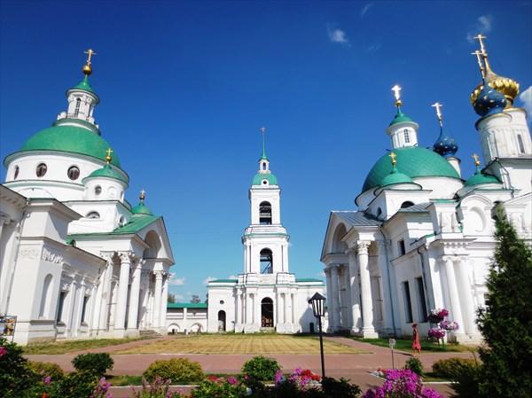 Димитриевский собор 1795—1801 и Яковлевская церковь 1836
