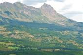 Ронские Альпы. Горный пейзаж в окрестностях городка Гап