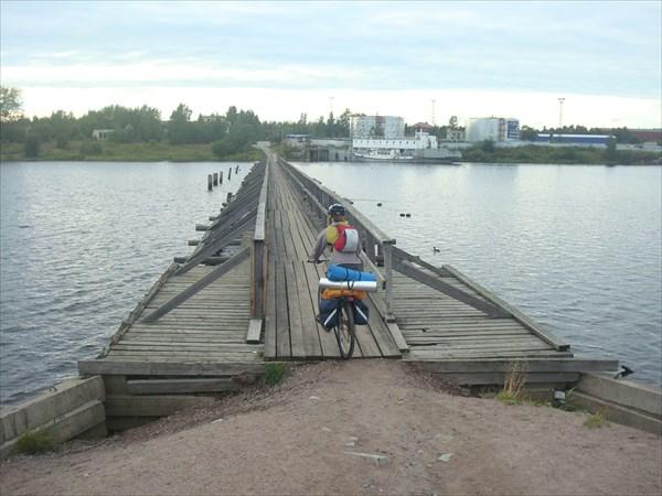 """""""Бумовский"""" мост"""