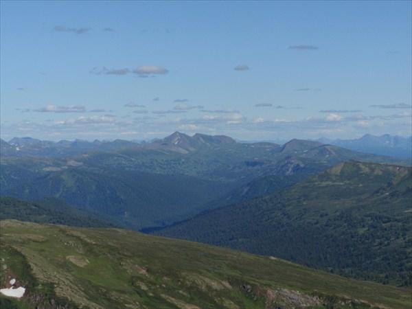 Канское белогорье. Вид на Мраморные горы.