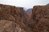 Довольно характерный вид небольшого каньона.