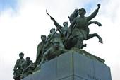 6.11.08_И памятник Чапаеву