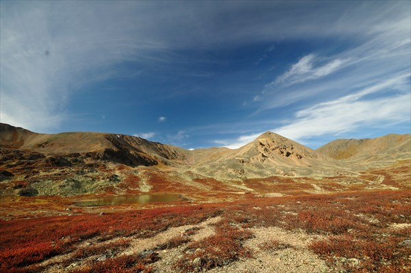 Нижнее турундинское озеро и г. Кызыл-Кую