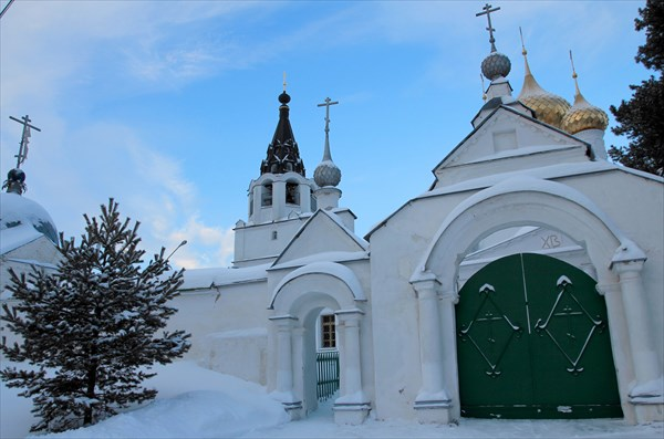 Троице-Сыпанов Пахомиево-Нерехтский монастырь.
