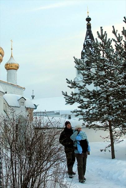Саня, Олич и Гриша-деть в монастыре