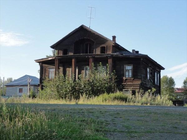Старинный дом.