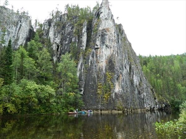Здесь рядом Мамонтова пещера.