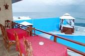 Вилла с видом на море в районе Мирамар