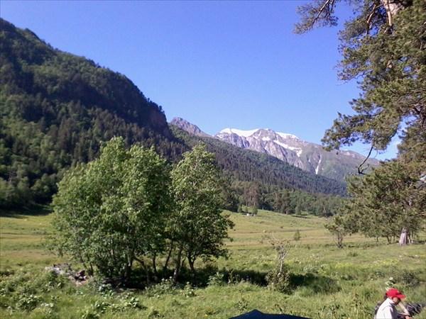 Вид на перевал Кызыл-ауш со стороны  р. Маруха