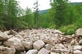 Начало дороги по руслу реки Срамной
