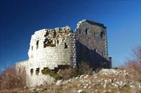 2. Форт Глива и вершина Леотар
