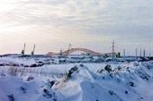 Мост через замёрзший Иртыш