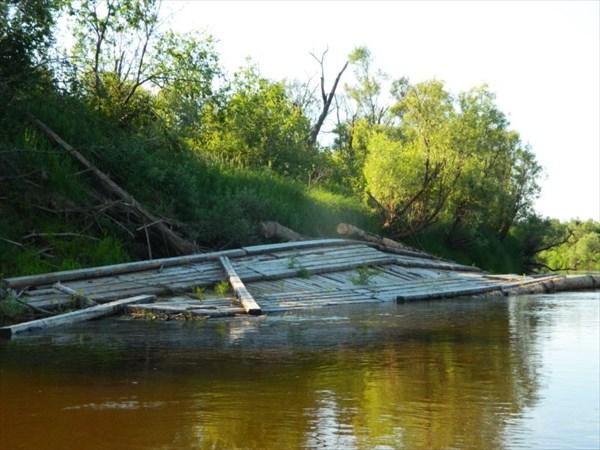 Уплывший мост.