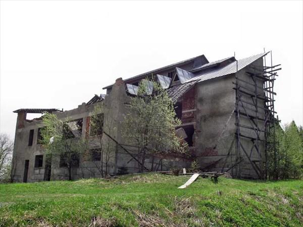 Разрушенная гостиница