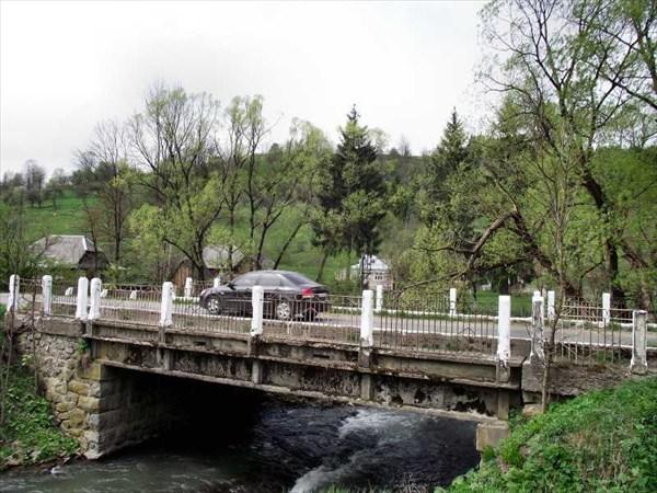 Мост в селе Пилипець