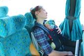 Я сплю с мамой в автобусе