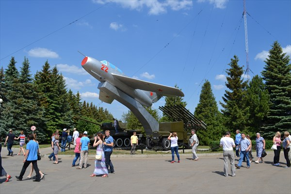 Миг-15 в парке победы