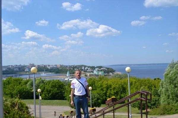 Вид на старую часть города от парка Победы
