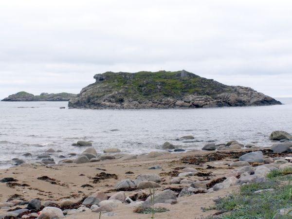 Остров напротив Рынды.