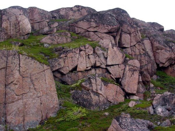 Скалы у Варзины