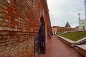 Вдоль стен казанского кремля