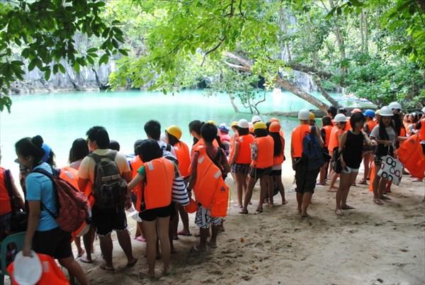 Очередь на посещение реки