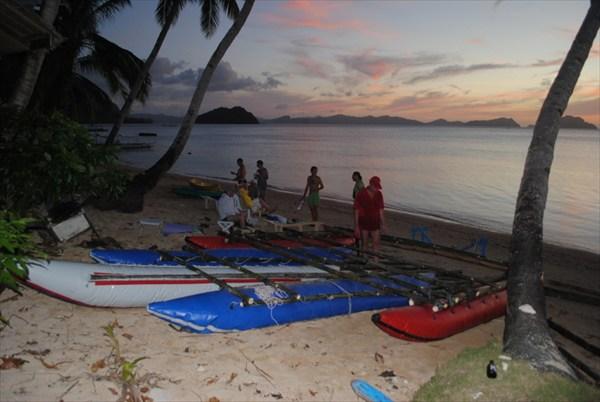 Сборка судна в Коронг-Коронге